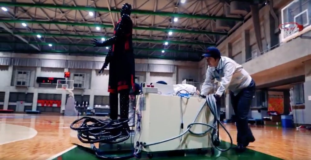 Toyota engineers build a basketball robot, because why not?
